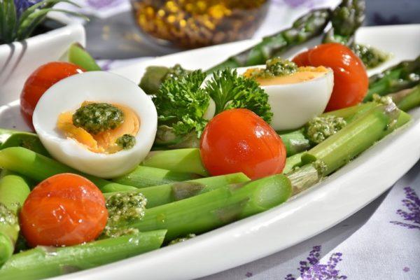 Regularne i zdrowe żywienie z cateringiem dietetycznym